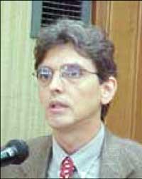 Prof. Emílio Lebre Larovere – (UFRJ)